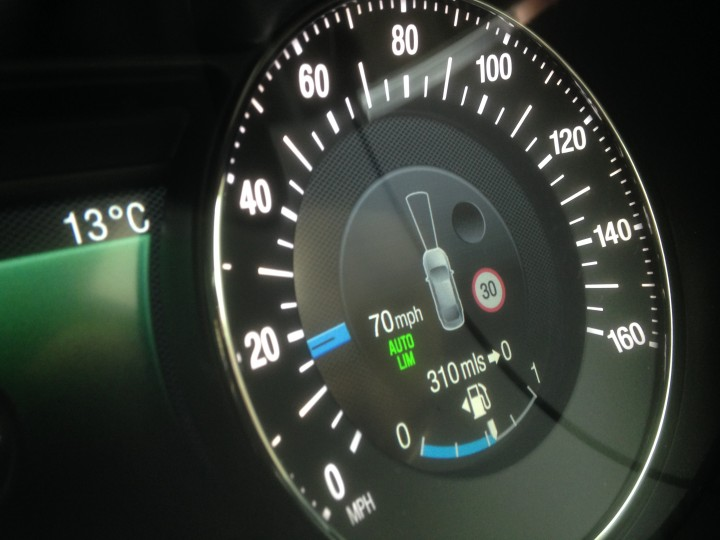 Two-thirds of UK drivers happy with Intelligent Speed Assistance tech