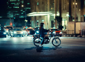 Insurance company data reveal biggest crash risks for motorcyclists in Spain