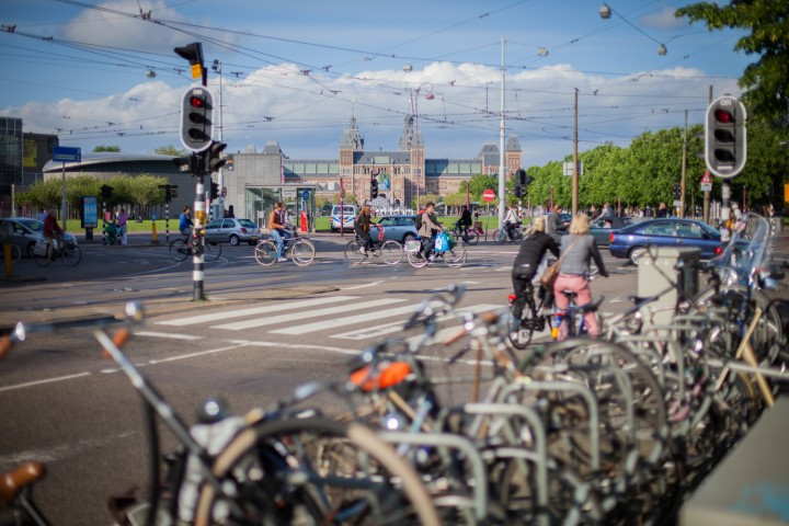 25 May 2016 – Prevent crashes, reduce injuries, save lives, The Hague
