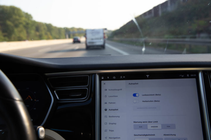 US authorities begin investigation of Level 2 driver assistance systems